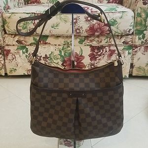 Preowned Authentic Louis Vuitton Crossbody